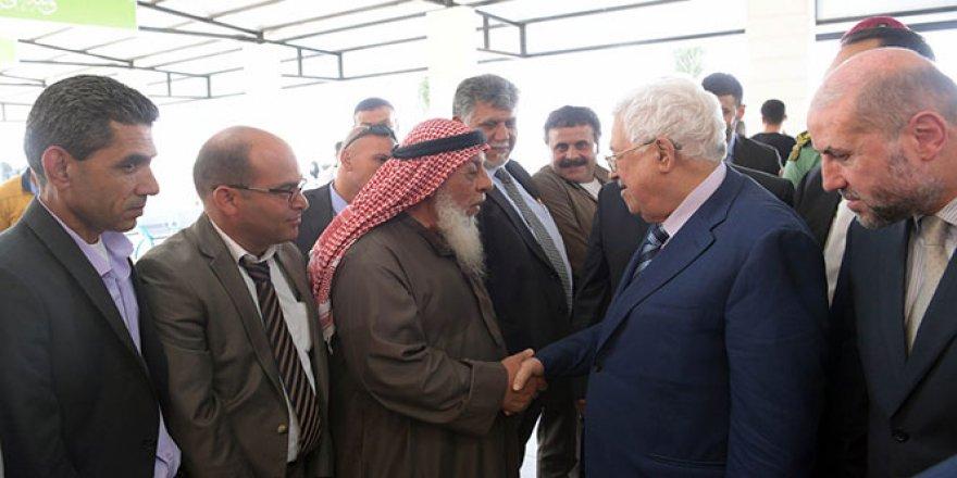 Abbas, hacca giden Filistinlileri ziyaret etti