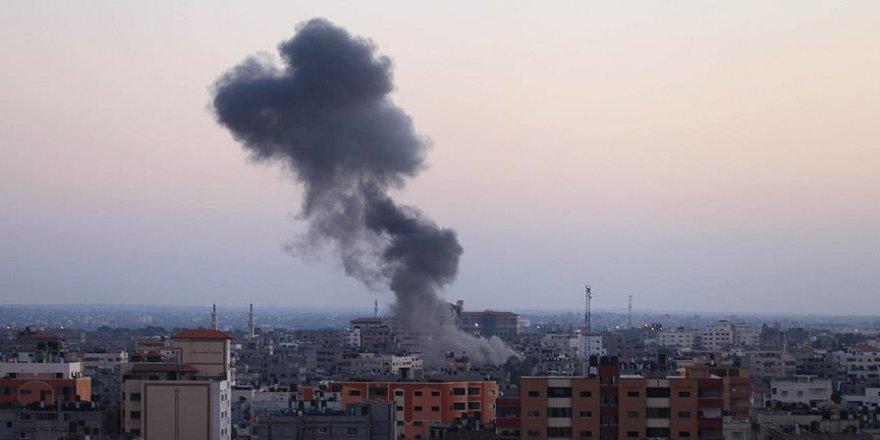 İsrail'den hava saldırısı: 2 ölü