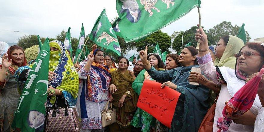 Seçim sonuçları protesto ediliyor