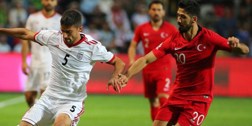 Galatasaray'dan Emre Akbaba resti!