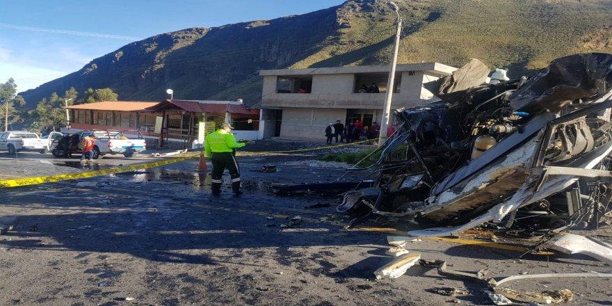 Otobüs kazası: 23 ölü, 14 yaralı