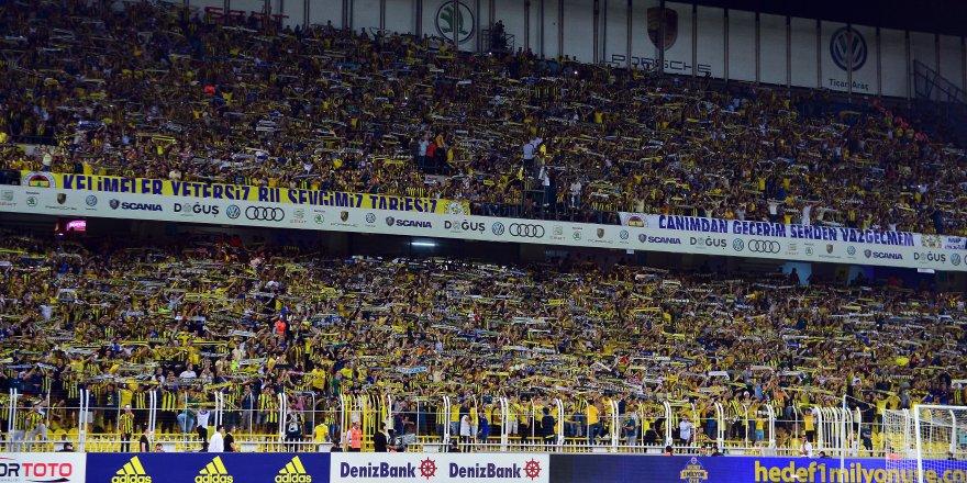 Taraftarlardan Fenerbahçe'ye destek