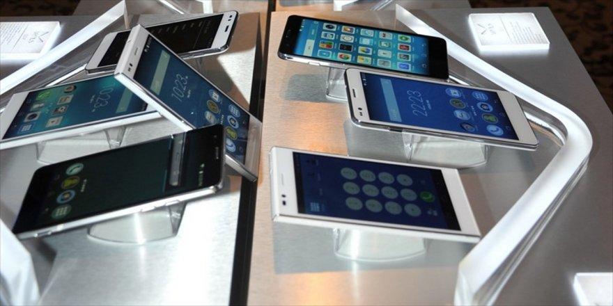 Boykot çağrısıyla yerli telefon satışı artacak
