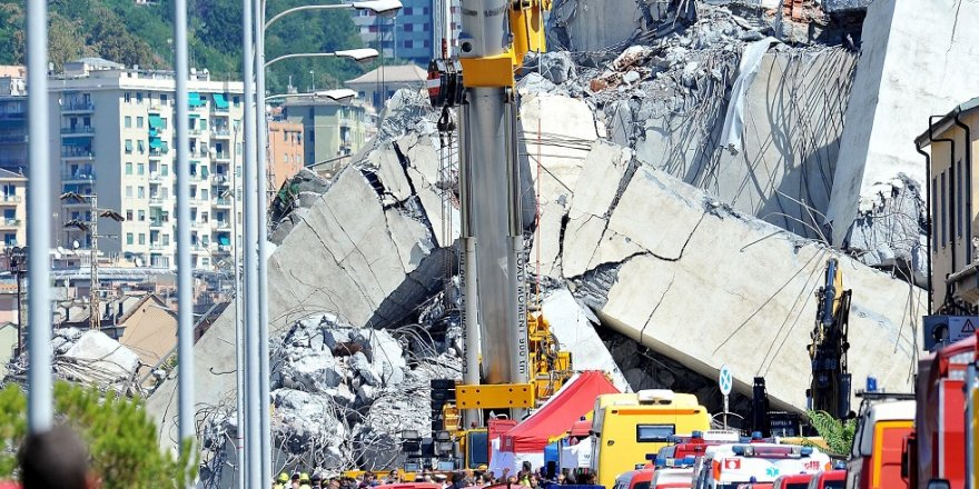 İtalya'da kurtarma çalışmaları devam ediyor