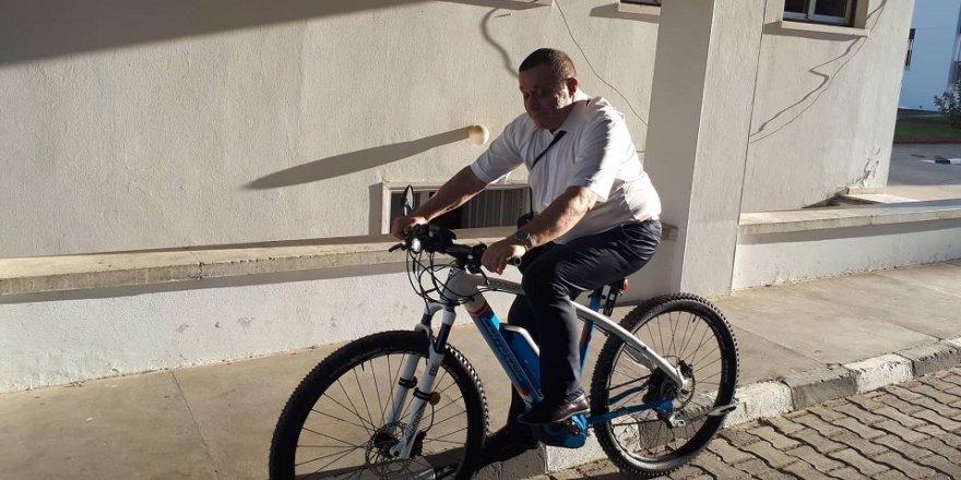 Krize karşı 23 bin TL'lik bisikletle mesaj