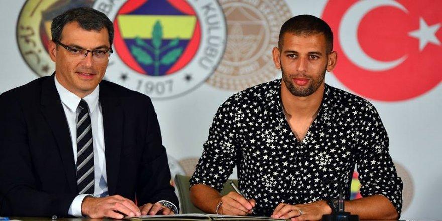 Islam Slimani imzaladı