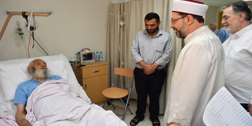 Erbaş'tan Mekke'de hasta ziyareti