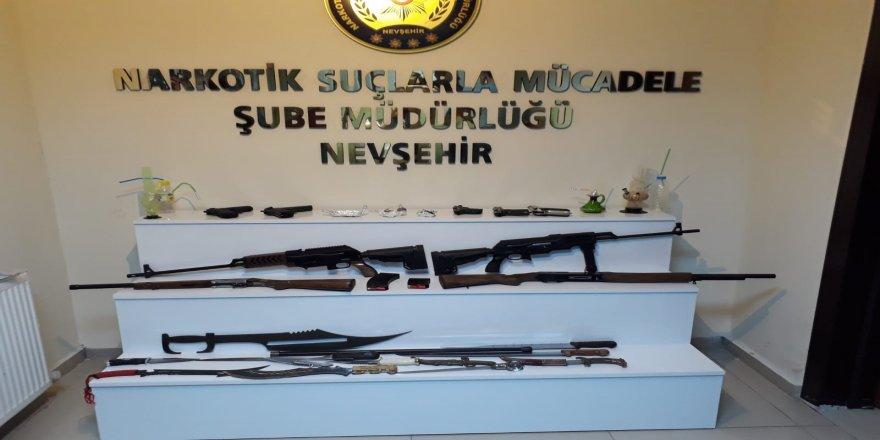 Uyuşturucu taciri 7 kişi tutuklandı