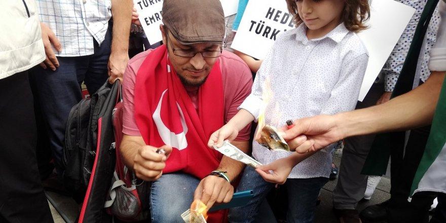 Araplar, dolar yaktı, dolar bozdu