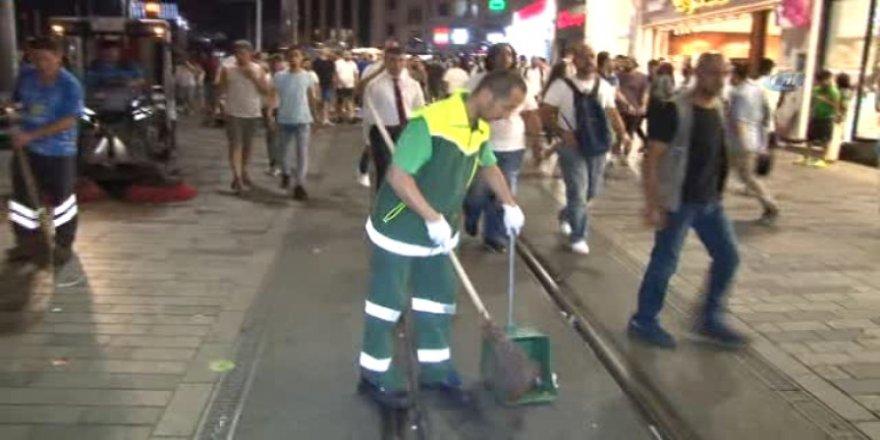 Temizlik işçisinden insanlık dersi