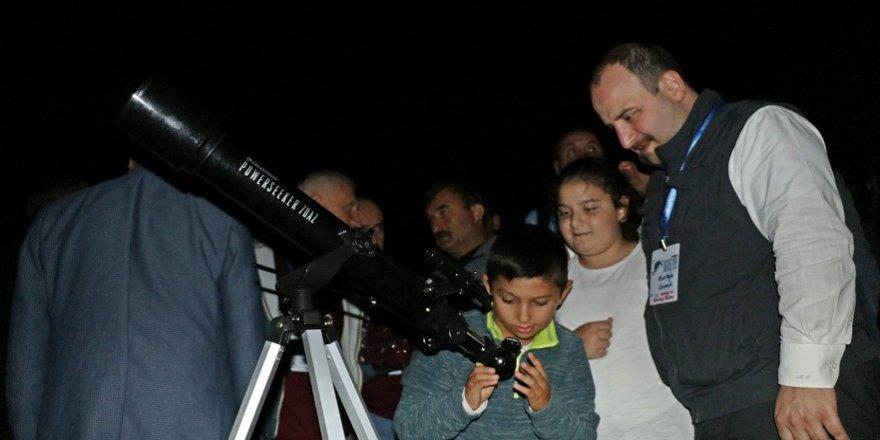 Bakan Varank: Gençlere bilimi sevdirmeye çalışacağız
