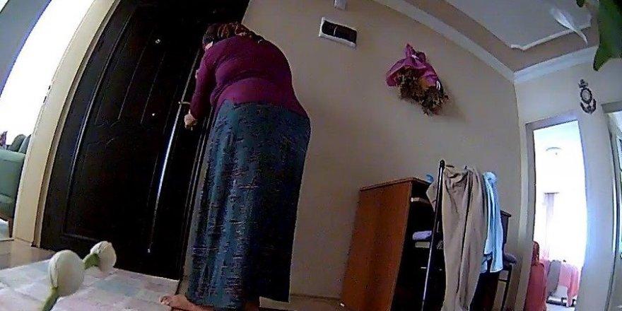 Kiracısının evine hırsızlık için girdi