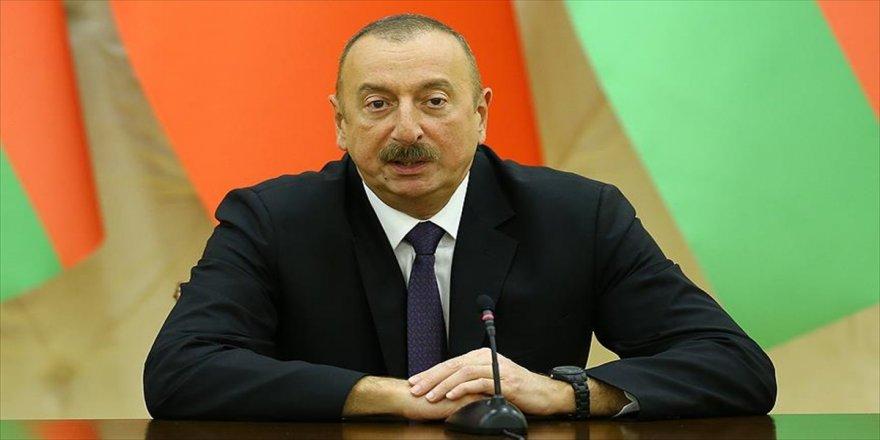 Aliyev'den Erdoğan'a kutlama