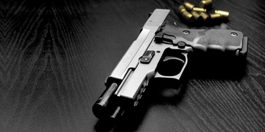 Cezaevi firarisi kızını silah açtı