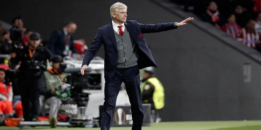Wenger maçlara korumayla çıkmış