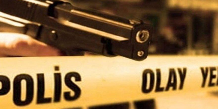 Sokak ortasında 9 kurşunla öldürüldü