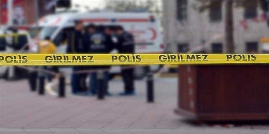 Sokak ortasında 2 kadına silahlı saldırı