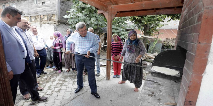 Başkan Karaosmanoğlu'ndan köy ziyareti