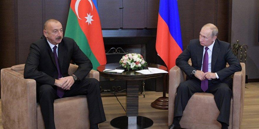 Aliyev, Putin ile Soçi'de görüştü