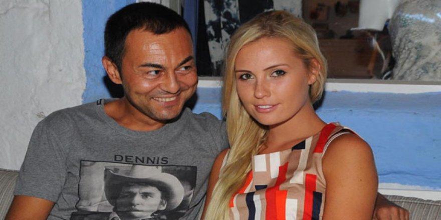 Serdar Ortaç'tan bir boşanma açıklaması