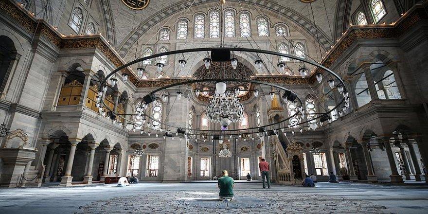 Osmanlı'nın ilk Barok mimari eseri 'Nuruosmaniye'