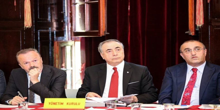 Galatasaray'da erken seçim şoku