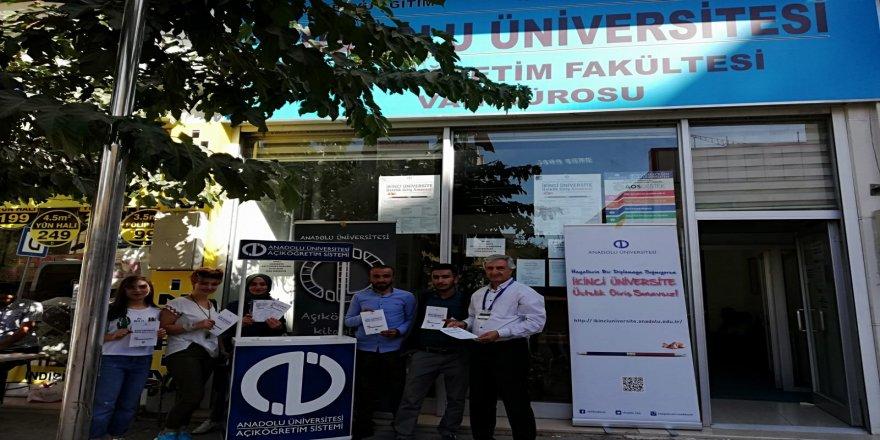 Van'da 'sınavsız ikinci üniversite' kayıtları başladı