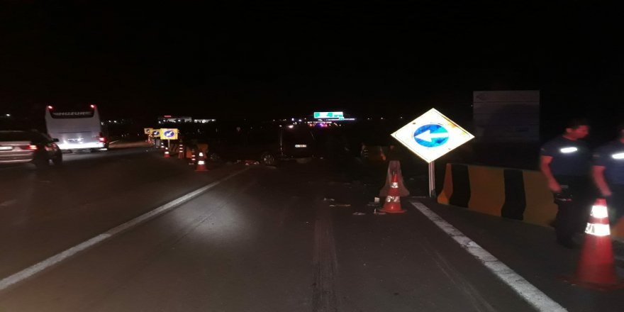 İki ayrı trafik kazasında 11 kişi yaralandı