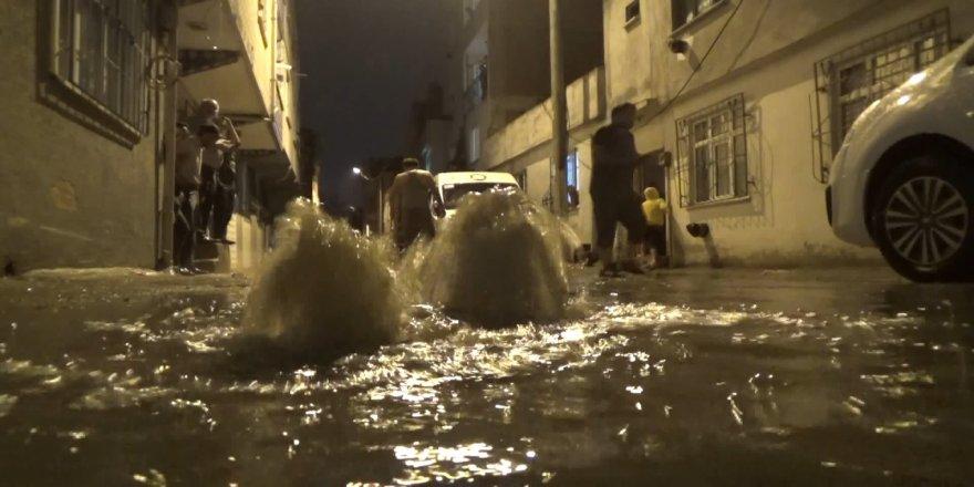 Birçok evi su bastı