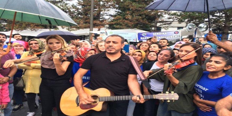 Haluk Levent'ten Gebze'deki işçilere destek!