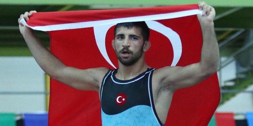Kerem Kamal, Dünya şampiyonu