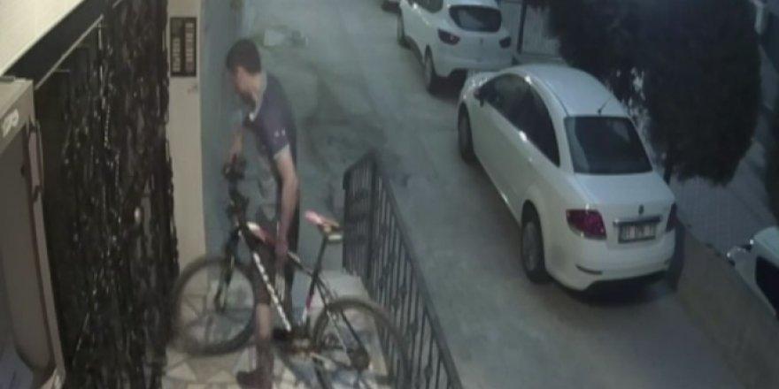 Bisiklet hırsızı uykuda yakalandı
