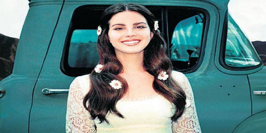 Lana Del Rey'den iki yeni şarkı