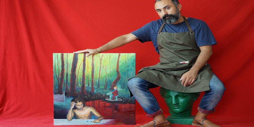 Cankat Kalyoncu'nun 'Paralel Evrenlerde Varoluş' sergisi sanatseverlerle buluşuyor