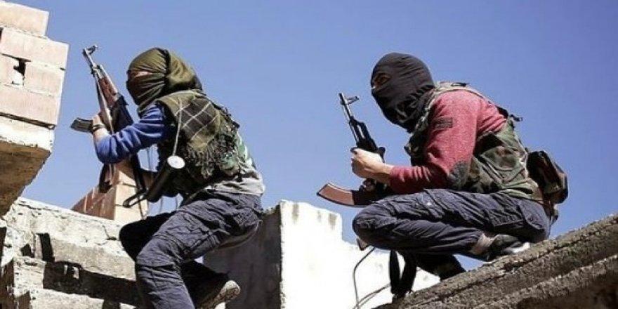 PKK Suriye'de kadın ve çocukları alıkoydu!
