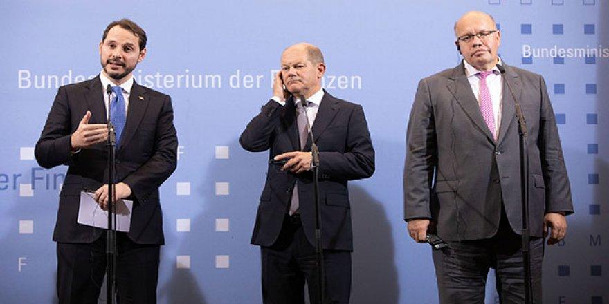 Bakan Albayrak: 'Türkiye'nin istikrarı Almanya'ya, Almanya'nın istikrarı Türkiye'ye pozitif katkı yapacaktır'