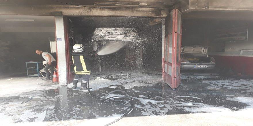 Oto tamirhanesinde yangın !