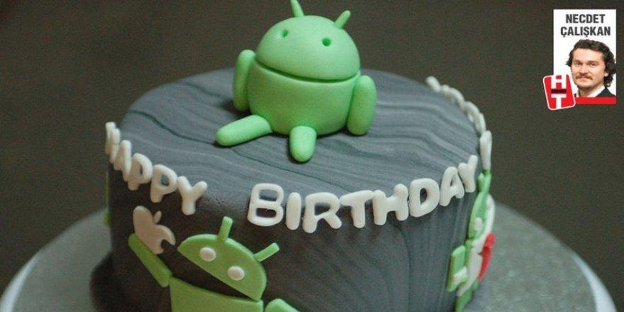 Google'ın mobil işletim sistemi Android 10. yaşına girdi