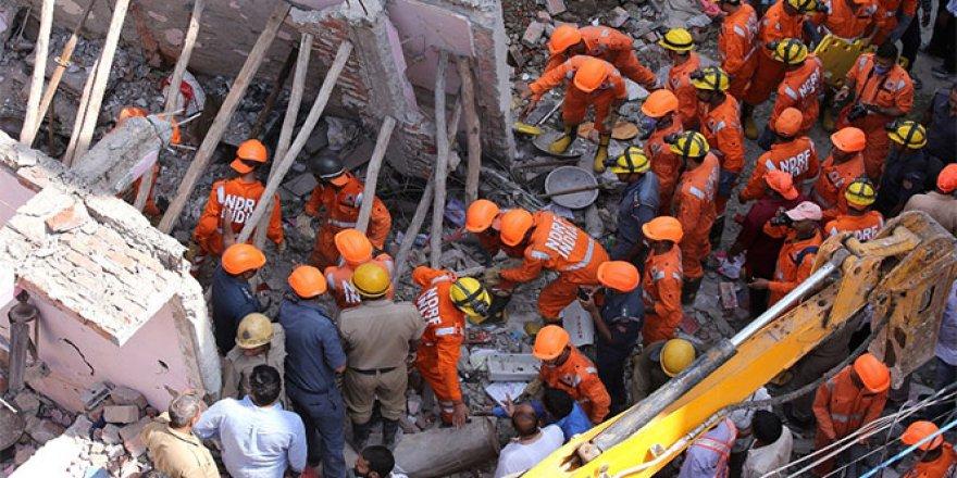 Bina çöktü: 5 ölü