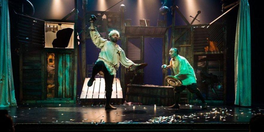 'Bir Baba Hamlet' yeni sezona hazır