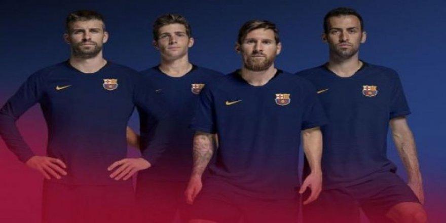 Barcelona yeni logosunu tanıttı!