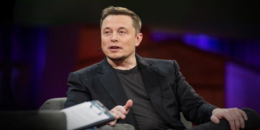 Tesla'dan yeni uçan araba