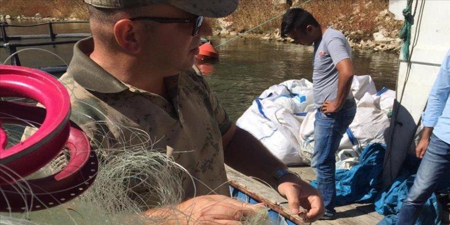Yasak malzemeyle balık avlayanlara ceza