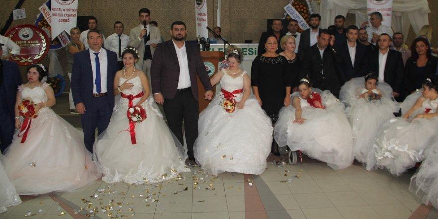 8 geline damatsız düğün