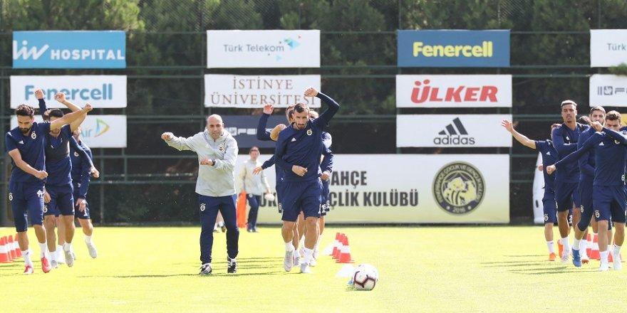 Fenerbahçe'de Başakşehir mesaisi başladı