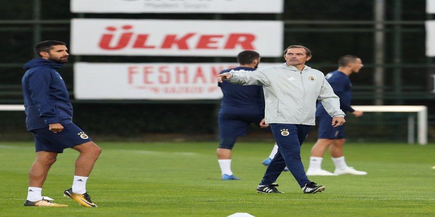 Fenerbahçe, Başakşehir maçı için kampa girdi
