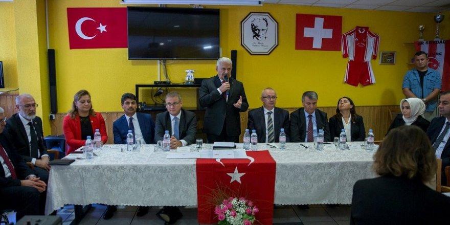 Yıldırım, Lozan Türk Birliği üyeleriyle buluştu