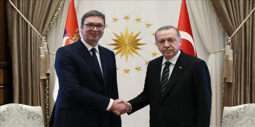 Erdoğan, Vucic ile telefonda görüştü