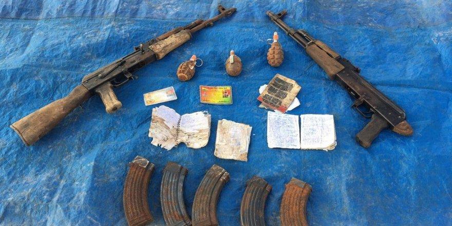 Silah ve el bombaları ele geçirildi