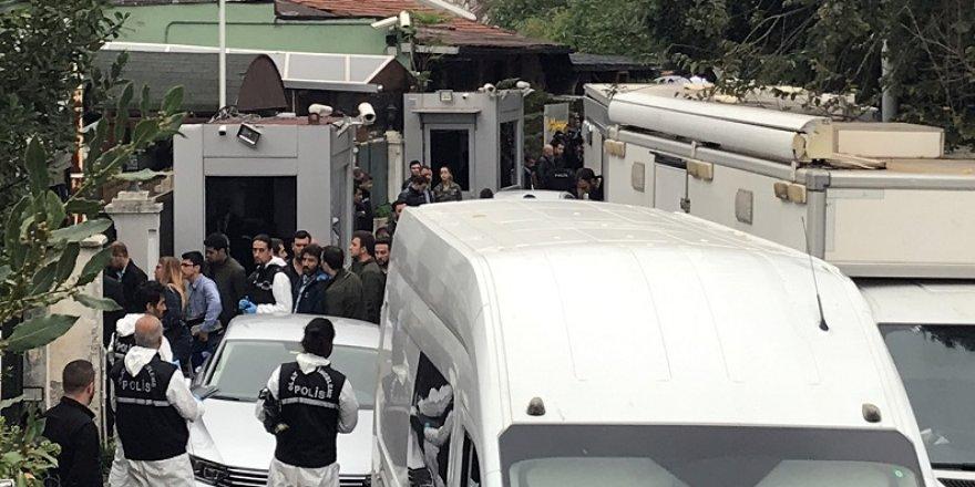 Türk heyet, Başkonsolosluk Konutu'nda